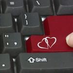 Online Dating Leitfaden - Liebe auf Knopfdruck